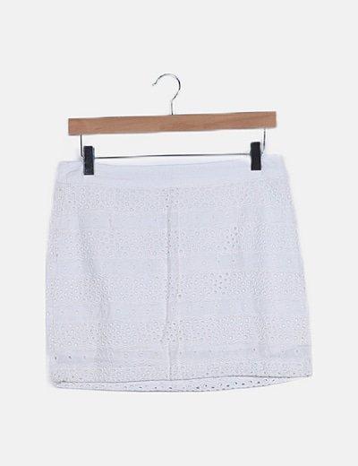 Falda blanca bordada