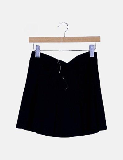 Falda negra corte A