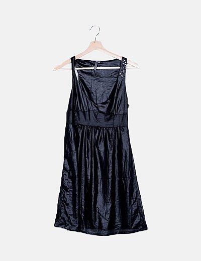 Vestido negro irisado detalle tachas