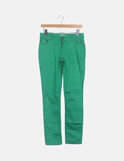 Pantalón verde básico