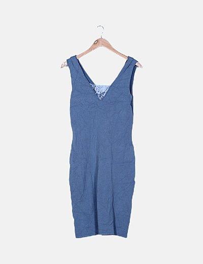 Vestido azul tricot detalle encaje