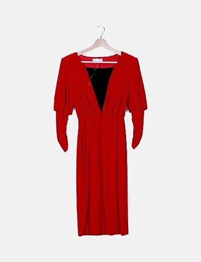 Vestido rojo detalle plisados