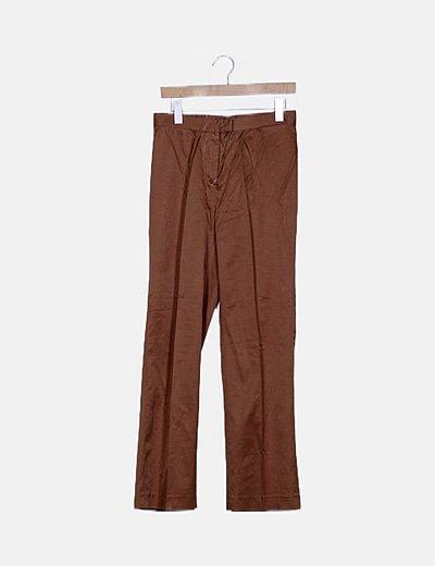 Pantalón chino marrón satinado