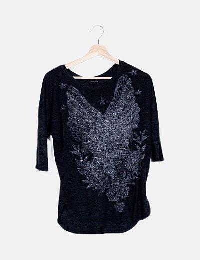 Camiseta gris marengo estampada