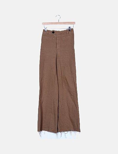 Pantalón denim marrón campana