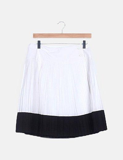 Falda bicolor plisada