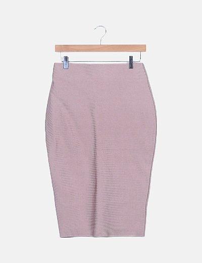 Conjunto crop top y falda tubo midi
