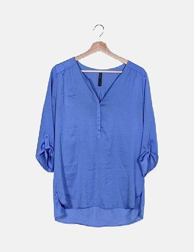 Blusa azul fluida