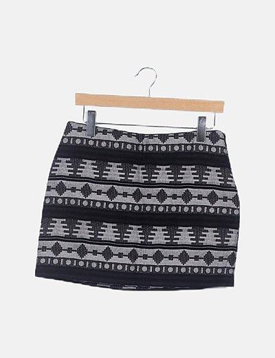 Mini falda étnica negra