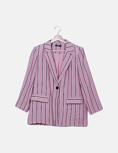 Blazer y pantalón rosa rayas negras