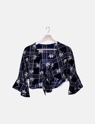 Conjunto crop top y falda maxi asimétrica