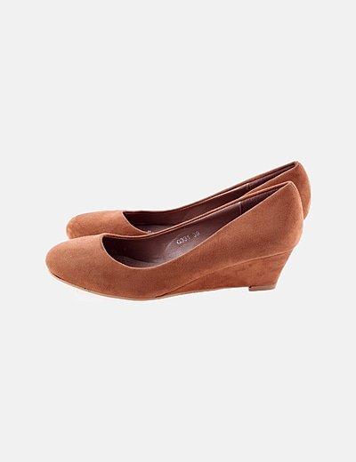 Bailarina marrón de cuña