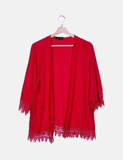 Kimono combinado rosa detalle crochet