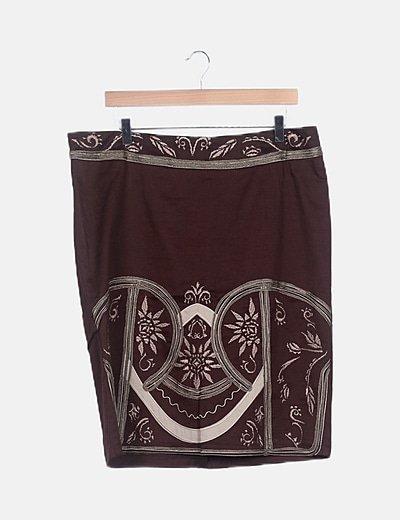 Falda marrón detalles bordados