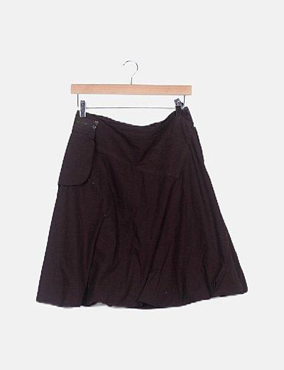 Falda marrón evasé