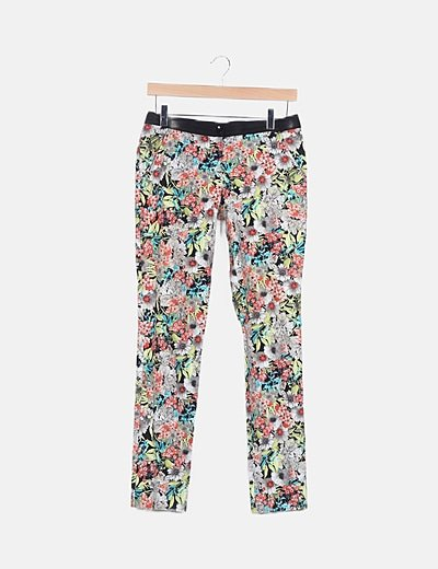 Pantalón estampado floral pitillo