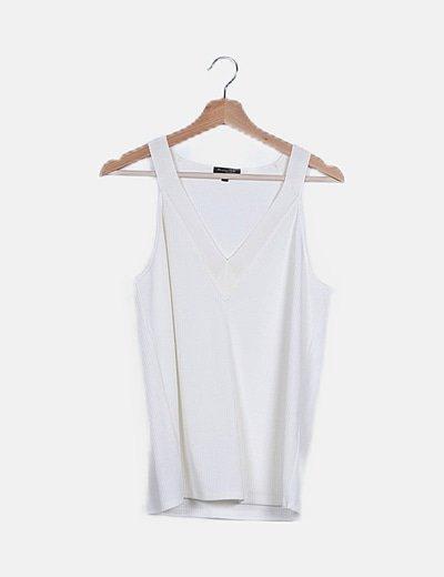 Camiseta beige calada