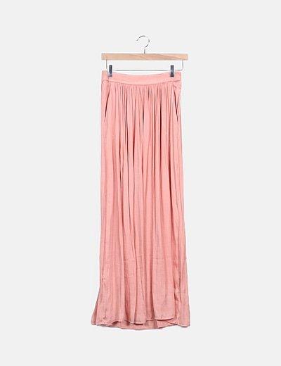 Falda maxi rosa satinada