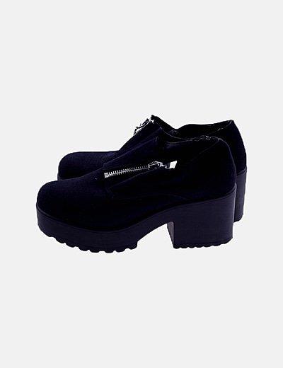 Zapato track negro con cremallera