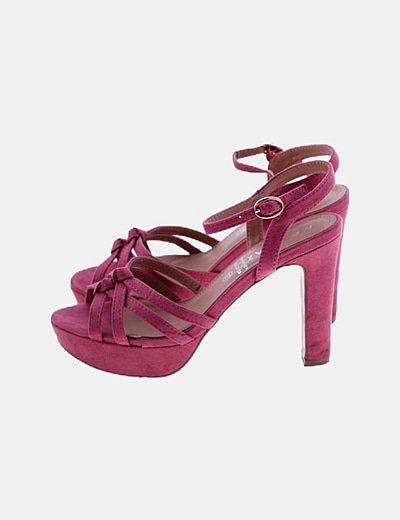 Sandalia de tacón rosa