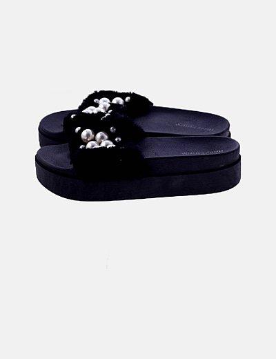Sandalias negras perlas