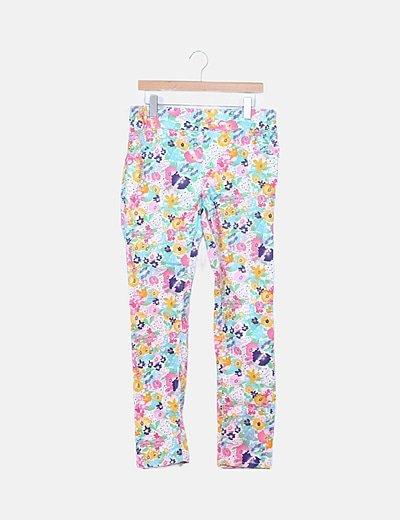 Pantalón pitillo blanco floral