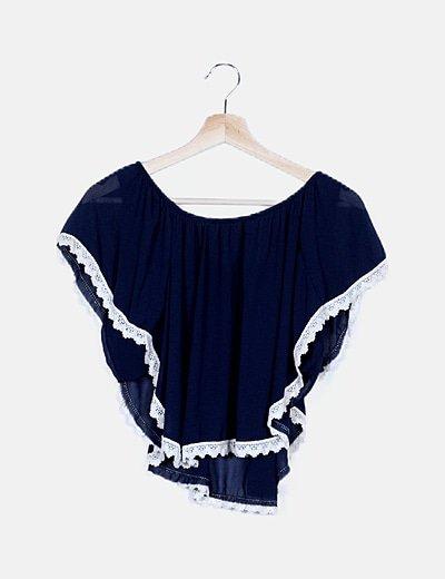 Blusa bardot azul marino con encaje