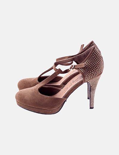 Sandalia de ta´con marrón detalles strass
