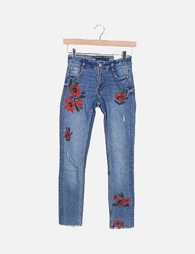 Jeans ripped detalle floral