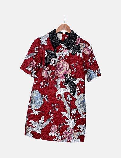 Vestido granate floral detalle abalorios
