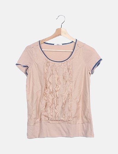 Camiseta nude con chorreras