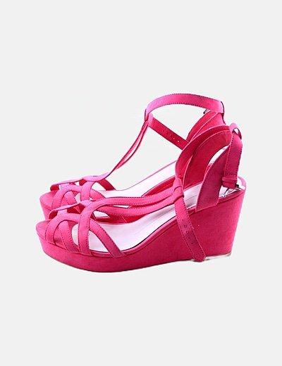 Sandalia rosa de tacón