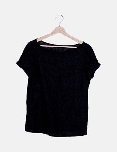 Blusa de lino negra con bolsillo