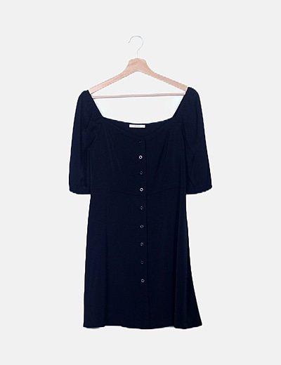 Vestido negro fluido con botones