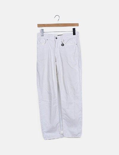 Jeans blanco detalle bolsillos