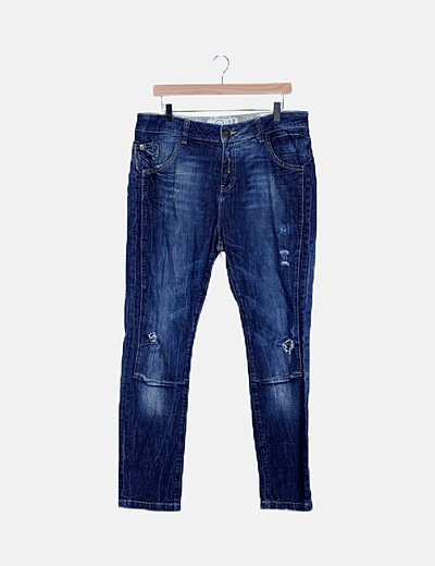 Pantalón denim azul detalles ripped