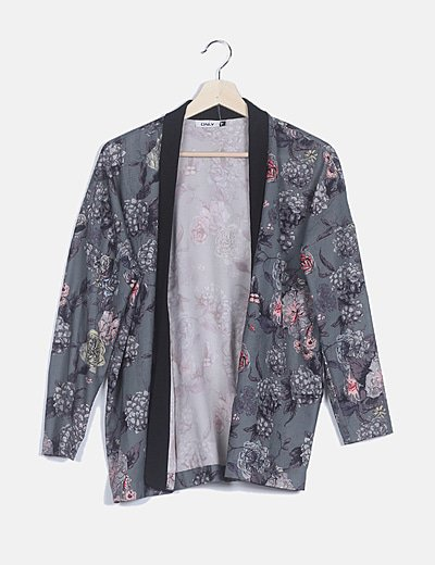Kimono gris fluido estampado floral