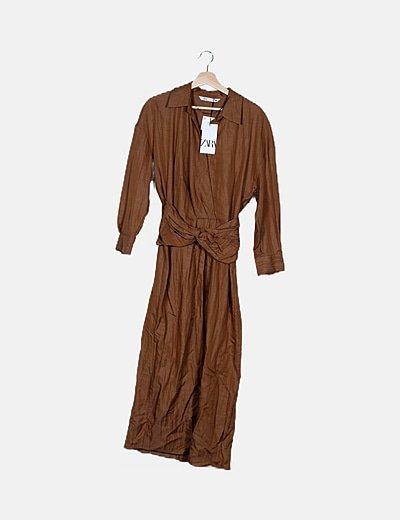 Vestido marrón manga francesa