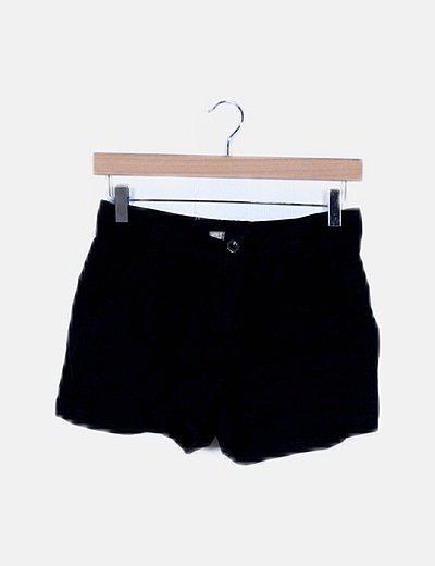 Short negro básico