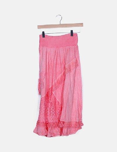 Falda rosa fluida detalles encaje