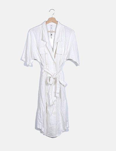 Vestido blanco abotonado manga corta