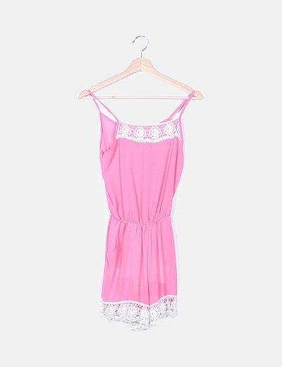 Mono rosa detalle crochet