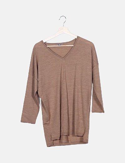 Camiseta beige oversize
