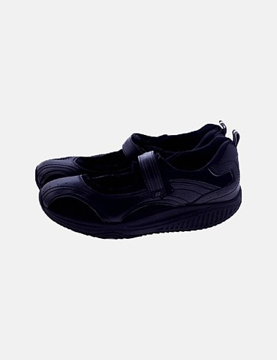 Zapato negro shape-up