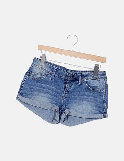 Shorts denim con dobladillo
