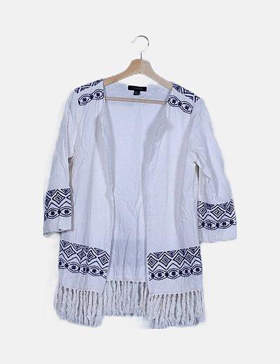 Kimono blanco detalle bordado con flecos