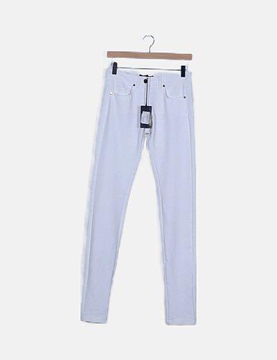 Pantalón blanco elástico pitillo