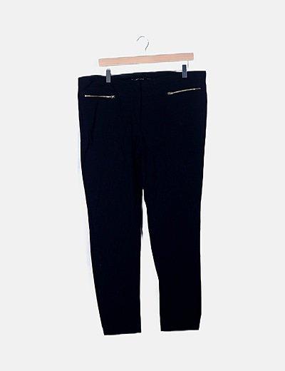 Pantalón negro cremalleras