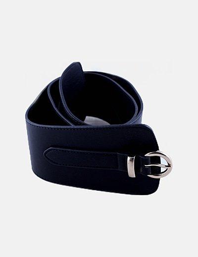 Cinturón negro ancho