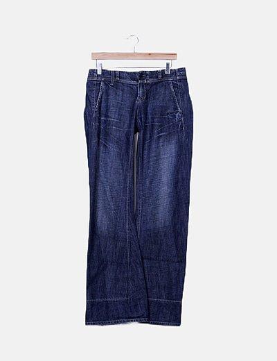 Jeans campana efecto desgastado